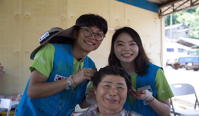 포스코 대학봉사단 비욘드 11기 태국 라용에서 건축봉사와 인근 초등학생 대상 UN SDGs 교육, 한국·태국 수교 60주년 기념 문화교류회 등을 수행 모습