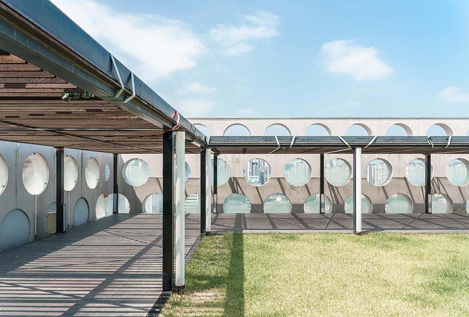어반하이브 건물 옥상의 모습이다.