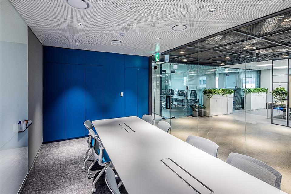 서울 체인지업 그라운드 각 층 별 마련된 회의실 전경이다.